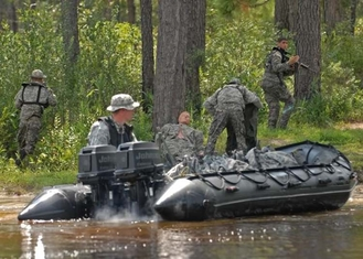 Heavy Duty Military Inflatable Boats 5 Person Aluminum Floor Inflatable Boat
