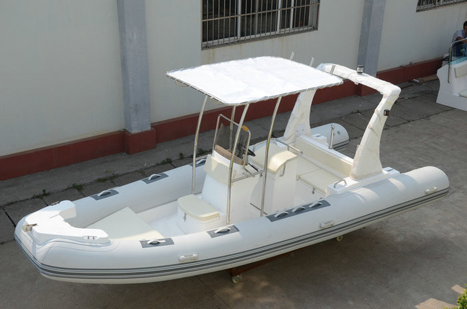 Comfortable White color Towable Inflatable River Boats RHIB Boat 5.8m length RIB580A